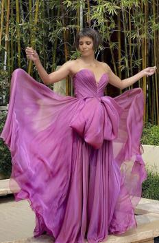 Хали Бери на Оскарите, облечена в Dolce & Gabbana