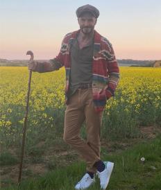 Дейвид Бекъм на разходка сред природата