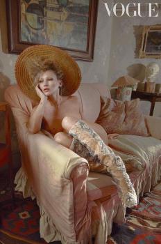 Кейт Мос за мартенския брой на британския Vogue