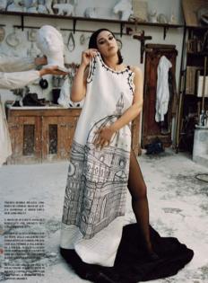 Моника Белучи за ноемврийския брой на Vogue Италия