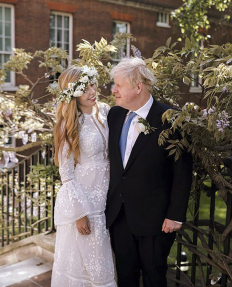 Горчиво за младоженците - Борис Джонсън и Кари Симъндс!